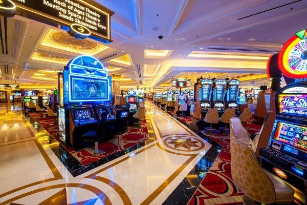 Правила игры в онлайн-казино: как постоянно выигрывать?